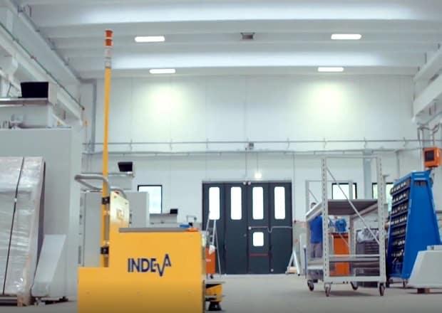 CMS dans cette vidéo montre l'un des AGV de Scaglia INDEVA® travaillant sur les chaînes de production.