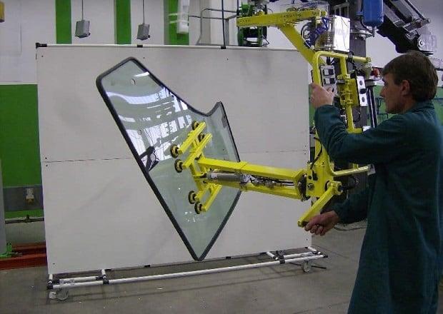 material-handling-door-glasses-3