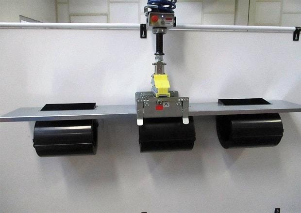Manutention et positionnement d'appareils électromécaniques