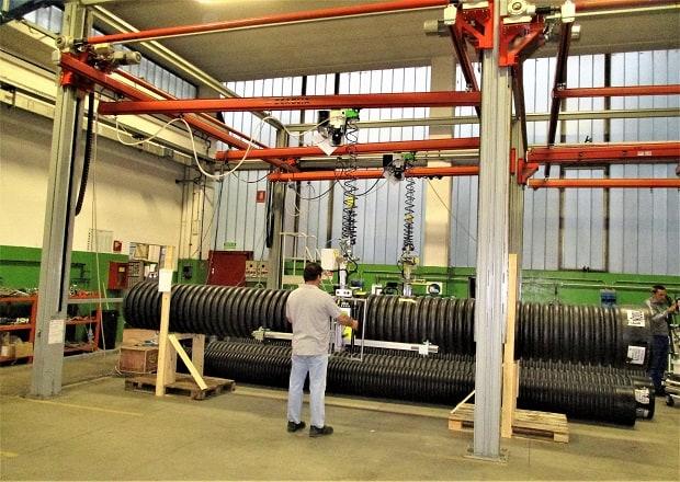 Manipulateur sur rail pour tubes lourds et de grande taille